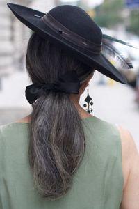Salz und Pfeffer Silber umhüllt grau menschlichen Frauen Haar Pferdeschwanz Haarverlängerung um natürliches gerades Stück grau haar puff niedrigen Pferdeschwanz