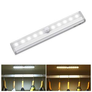 10 LED a pile luce di notte PIR infrarossi senza fili del sensore di movimento della lampada la casa armadio luci per Bedroom Guardaroba Scrivania Comodino USB Lampade