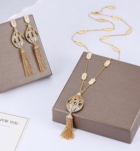 Designer kubikzircon stein tier lange quaste gelb vergoldet lange halsketten und ohrringe hochwertige partei schmuck sets für frauen