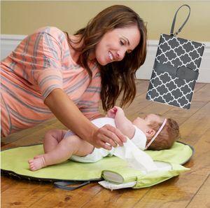 방수 아기 변화 매트 시트 휴대용 기저귀 역 키트 기저귀 클러치 케어 제품을 변경 패드 여행 테이블을 변경