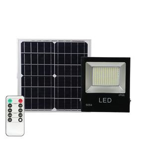 Luz solar LED Spotlight 30W 50W 100W Súper brillante Powered Powered Wormlight impermeable IP67 Lámpara de calle con control remoto