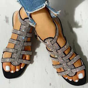 Yeni Kadın Düz Ayak bileği Kayış Sandalet Bayan Toka Glitter Gladyatör Beach Ayakkabı Kadınlar Roma Kristal Bling Bayanlar Moda Artı boyutu