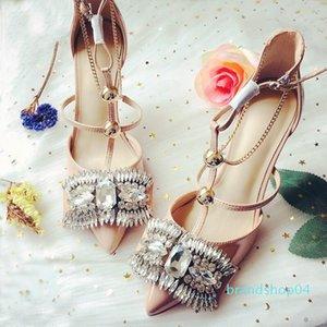 Goddess2019 de salto alto de couro da fada Francês Patent Mulher Sandals Belas Com Uma Buckle Traga rasos sapatos de casamento Saliva único diamante