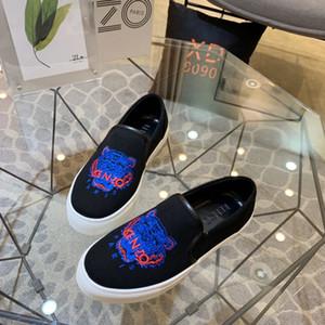 Los nuevos Mens del Designersneakers Brandslipper Beach zapatos del barco tigre chancletas de los niños de lujo corte MENS Designershoes casuales con caja 20030507T