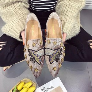 Women Flat Shoes Casual Slip On Single Cloth Shoes Lady Loafer Pointed Toe Fashion Plus Size Espadrilles Female Footwear new L14