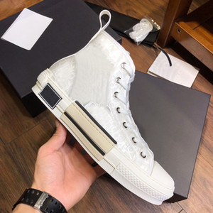 NEW 19SS Damen Herren beiläufiges Segeltuch-Turnschuhe Technisches Leder Blumen Printed High Top Sneakers Kleid zu Fuß 23 Schuhe des chaussures