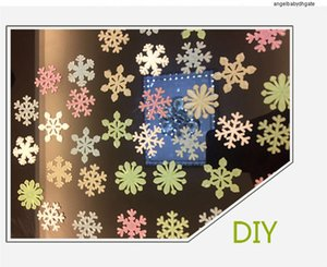 Home Sticker 50pcs set Snowflake Wall Colorful Glow Luminous In The Dark Decal For Kids Baby Rooms Fluorescent Stickers Decor