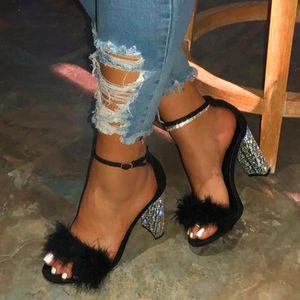 Pmoiste Kadınlar Ayakkabı Markası Seksi Yüksek topuklar Yapay elmas Bayanlar ayakkabı Peep toe Dans Partisi Feamale ayakkabı Kürk Topuklar Siyah T200525