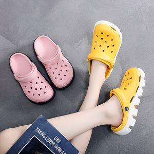 Scarpe da donna Scarpe da spiaggia Scarpe da spiaggia Croc Home Pantofole Comfort Slip on Casual Water Shoe Shoed Slippers Sandali Sandali Wading Sneakers