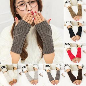 Nouveau Mode pour dames solides Fingerless tricot Mitten courtes femmes Gants d'hiver Arm Party chaud Favors