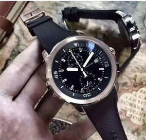 2017 NEW Luxury Mens Watch Chronograph Quartz Movement 316L stainless steel rubber strap black surface silver dial watch
