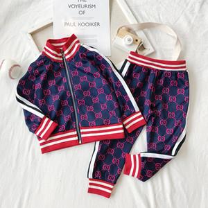 Crianças Designer Vestuário Define 2020 New impressão de luxo Fatos Letter Moda Casacos + Corredores Casual Esportes Estilo camisola Meninos Meninas