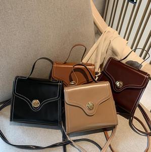 Spalla del progettista Borsa di lusso Messenger Bag borsa della donna femminile del progettista del rivetto frizione della borsa di modo di tendenza di marca Packag