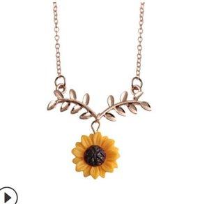 Venta caliente Girasol Hoja colgante de la flor de la clavícula del collar de la cadena del pendiente de la nueva rama de árbol de tres pedazos