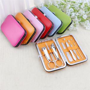 Meilleures vente coupe-ongles ciseaux oreilles fixés couteau scorpion outils de manucure set pratiques couleur aléatoire peut être personnalisé logo SZ412