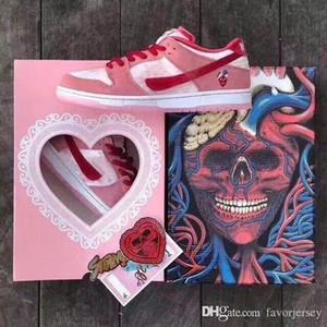 2020 nuovi con la scatola Lampone uovo ombra viola viaggio su strada di San Valentino di skateboard sho Giorno J26 delle donne degli uomini delle scarpe da tennis di SB Dunk Low Valentine 36-