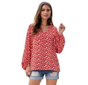 قمصان النسوة المصممات ذات أكمام طويلة ذات أكمام عارضة ذات أكمام V Neck Summer Shirts Floral Printed Womens