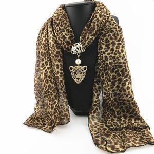 Леопардовый шарф 2019 мода женщины весна и осень шифон обертывания Европейский и американский стиль сплава животных кулон шарфы LSF090
