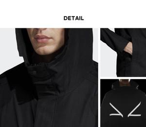 2019 capilla rompevientos Outwear las chaquetas de marca para hombre Hiphop Mujeres Abrigos Streetwear diseñador del suéter de la cremallera de manga larga luminoso B100005L de lujo