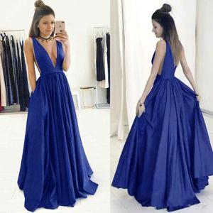 A-Line Глубокий V-образным вырезом развертки поезд Royal Blue тафты платье с Ruched лиф вечернее платье с открытой спиной Карман Формальное платье