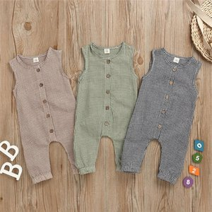 INS Kids Clothes Baby Rompers Front Wooden Buttons Plaid Jumpsuit Infant Summer Sleeveless Oneises Newborn Climb Clothes Bodysuits