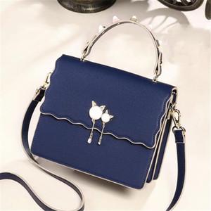 Китти Подвеска Дизайнерская женская сумка Роскошный кристалл Diamond Натуральная Кожа Цепная сумка на плечо 2019 Последняя модель продвижение по низкой цене