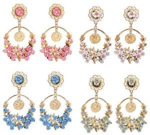 패션 여성 귀걸이 쥬얼리, 목가적 인 복고풍 과장된 꽃 대형 링 귀걸이, 고품질의 새로운 귀걸이 4 색상