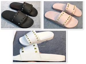 2019 Top Männer und Frauen Sandalen Designer-Schuhe Schlangendruck Luxus Slide Summer Fashion Weit Flache Sandalen Slipper mit Kasten-Größe EUR36-45