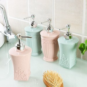 Vintage Flower Carving Plastic Soap Emulsion Split Bottle Dispenser Hand Sanitizer Bottle Shampoo Lotion Empty Storage Travel Bottle