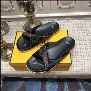 Designer Casual Lady's Sandali piatti Scarpe donna Pantofole Qualità infradito Scarpe da ginnastica Trainer Donna Stivali Slides Mocassini taglia 35-42