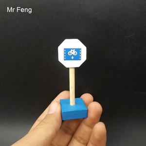 Fun Child Wood Blocks Traffic Toy Panneau de signalisation en bois Accessoires de train Jeu de bon sens (Numéro de modèle I293)