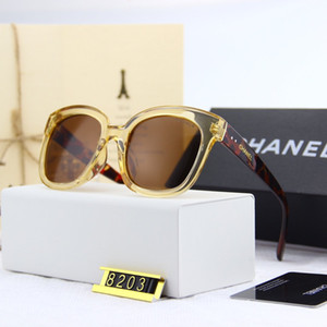 2020 del progettista di marca delle donne degli uomini degli occhiali da sole della plancia Struttura in metallo cerniera occhiali da sole lente in vetro di gatto dell'occhio UV400 degli occhiali di protezione con i casi di vendita al dettaglio e l'etichetta