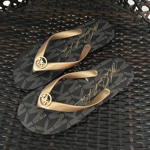 Chanclas de playa Sandalias con hebilla para el verano Zapatos de diseñador juvenil para mamá e hija Calzado a juego Sandalias de tiras de calidad Señora Sandalias