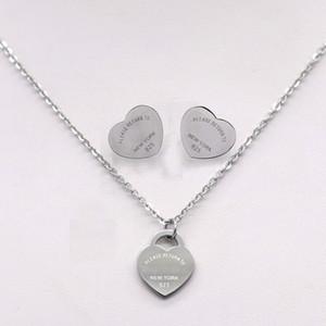 Pendientes del collar del amor de plata de la manera de acero inoxidable T del logotipo del corazón para las mujeres Cartas Pendientes Collares
