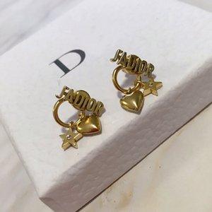 뜨거운 고급 보석 귀걸이 여성 금 새 중심 디자이너 귀걸이 복고풍의 인기있는 우아한 별 다섯개의 장식 못 높은 품질