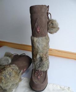 Muks Kutusu ile Kadınlar Kış Sıcak Yumuşak Püskül koyun derisi Çizme Muks Gerçek Deri Ayakkabı orta buzağı mevcut Gerçek tavşan kürk kar botları