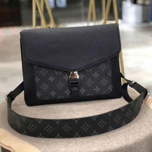 High Quality Fashion Luxury Designer Woman Bags Black Whiter Handbag Purse Ladies Canvas Envelope Flap Shoulder Bag Size 28x22x2cm Type6
