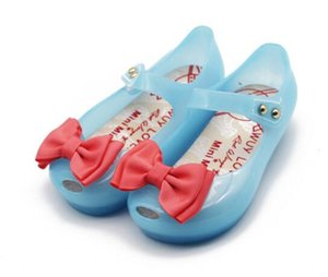 Baby Girls Sandals Toddler Infant Shoes LED Lights Jelly Princess Shoes PVC Soft Comfortable Glowing Summer cinderella butterfly Shoes A1988