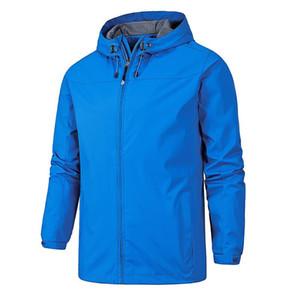 Giacca impermeabile Windbreaker Uomo Donna Outdoor Windbreaker di campeggio d'escursione rampicante con cappuccio cappotti classici Outwear rapidi asciugare i vestiti più il formato