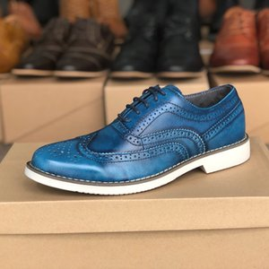Vintage Männer Oxfords Schuhe Mode Luxus-Kleid Schuhe Geschnitzte Leathe Schnürschuh Schuh Suede Innen Designer-Schuh-Partei-Hochzeit Schuh EU39-46r