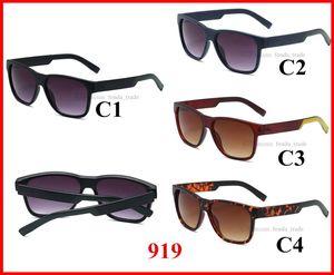 Summer Beach moins cher 2020 Nouveaux lunettes de soleil chaude forme de forme rétro marque de marque grand cadre nuances femmes UV400 lunettes hommes Sports Sports Lunettes de soleil Conduite
