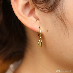 2018 Delicate tiny fashion Christmas Jewelry gold color sea shell dangle earring for girl women mini small cute lobster earrings