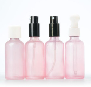 frasco de spray de vidro rosa com super fino cap névoa hidratante e garrafa