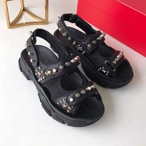 2018 패션 신발 새로운 여성 샌들 들여다 발가락 버클 금속 chunky 발 뒤꿈치 하이힐 샌들 여성 sandalias 유행 파티 신발 women35-41