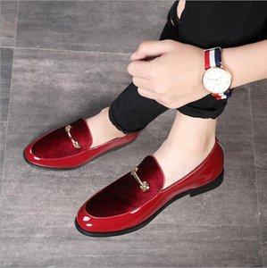 Мода острым носом мужчины платье обувь Тень лакированной кожи Luxury Groom Свадебная обувь Мужчины итальянский стиль Оксфорд обувь W56