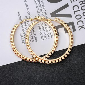 1Pair European Punk Hoop Earrings for Women Men Metal Big Woman Circle Earings Slope Womens Gift Jewelry Accessory E136