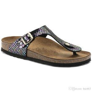 Neuer Stil berühmten Marke mit Orignal Marken-Logo-Frauen-flache Sandalen Casual Flip Flops Einzel Schnalle Sommer-Strand-echtes Leder-Pantoffeln