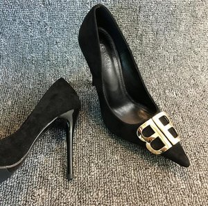 Con la caja de lujo de las mujeres atractivas de gamuza fiesta de boda zapatos de vestir de la letra hebilla boca baja puntiaguda moda tacones altos zapatos de vestir
