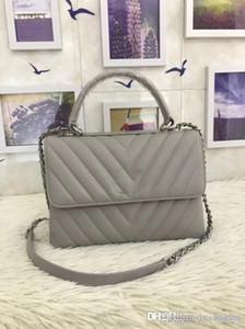 92236 Clássico Moda ombro do desenhador marca BagsCross BodyToteshandbags moda TOP luxo sacos de mulheres famosas carneiro V-rede Popular5A