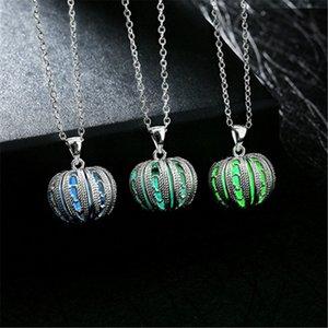 Светящийся шар ожерелье Хэллоуин тыква кулон светятся в темно-синий зеленый фиолетовый Небесная Луна ювелирные изделия женщины девушка подарки